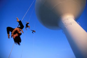 Bandaloop suspension dance